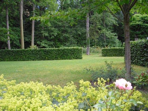 Paradies garten pflanzengestaltung for Pflanzengestaltung garten